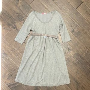 Herringbone patterned 3/4 sleeve dress -medium